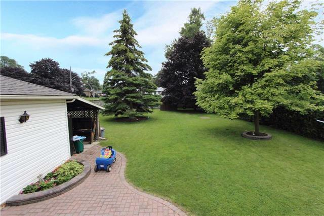 Detached at 123 Johnson Ave, Whitby, Ontario. Image 7