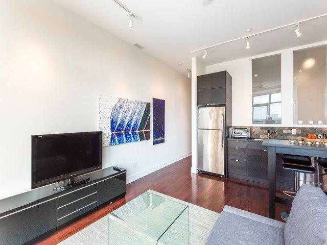 Condo Apartment at 160 Fallingbrook Rd, Unit 406, Toronto, Ontario. Image 18