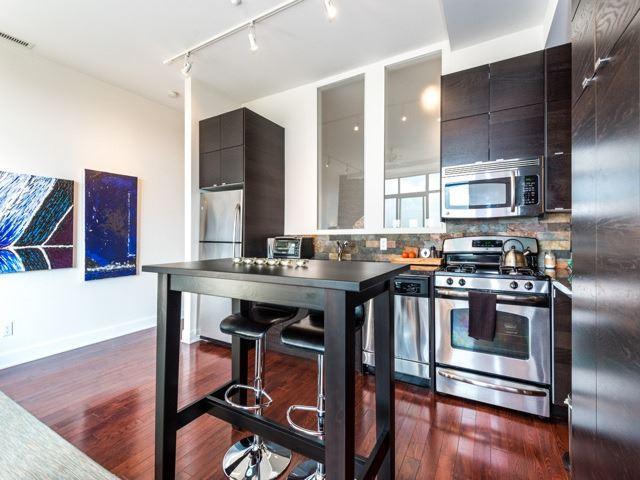 Condo Apartment at 160 Fallingbrook Rd, Unit 406, Toronto, Ontario. Image 19