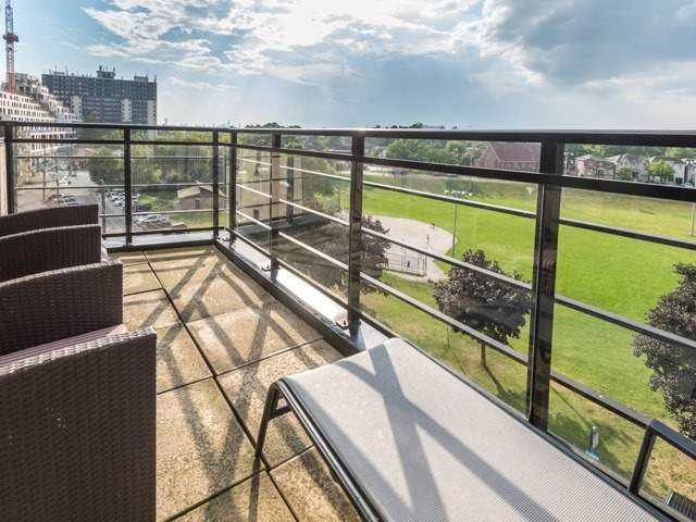 Condo Apartment at 160 Fallingbrook Rd, Unit 406, Toronto, Ontario. Image 13