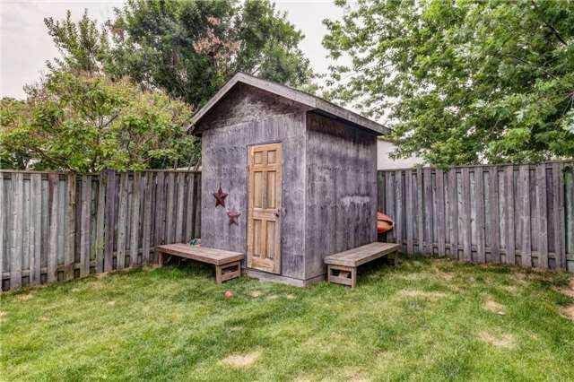 Semi-detached at 1467 Ohara Crt, Oshawa, Ontario. Image 11