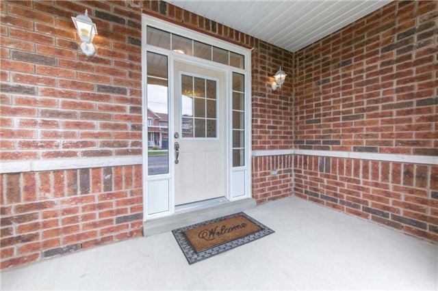 Detached at 47 Shrewsbury Dr, Whitby, Ontario. Image 12