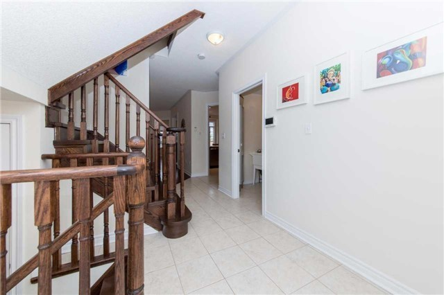 Detached at 47 Shrewsbury Dr, Whitby, Ontario. Image 14