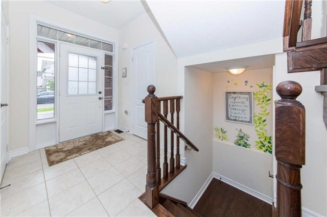 Detached at 47 Shrewsbury Dr, Whitby, Ontario. Image 15