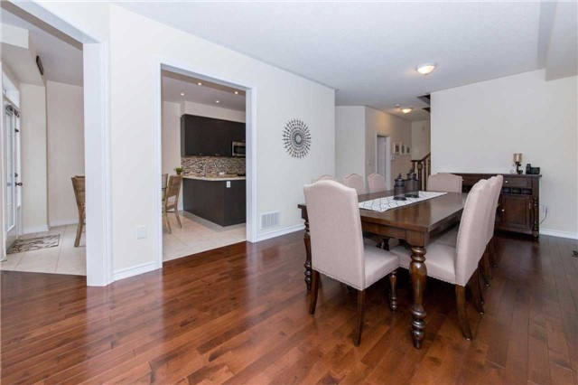 Detached at 47 Shrewsbury Dr, Whitby, Ontario. Image 17