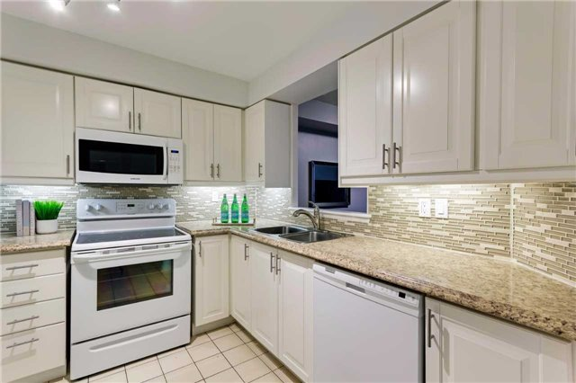 Condo Apartment at 400 Mclevin Ave, Unit 1805, Toronto, Ontario. Image 14
