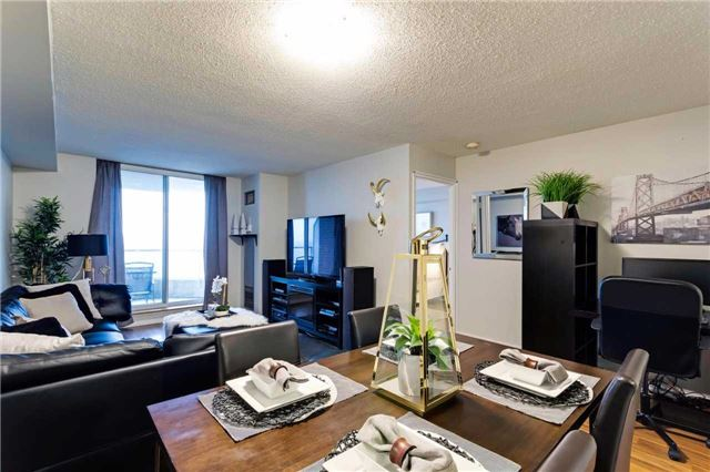 Condo Apartment at 400 Mclevin Ave, Unit 1805, Toronto, Ontario. Image 5