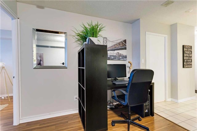 Condo Apartment at 400 Mclevin Ave, Unit 1805, Toronto, Ontario. Image 7