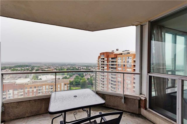 Condo Apartment at 400 Mclevin Ave, Unit 1805, Toronto, Ontario. Image 13