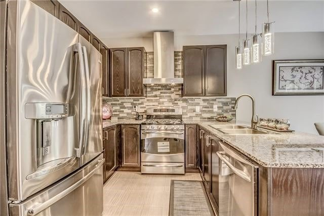 Detached at 1583 Winville Rd, Pickering, Ontario. Image 4