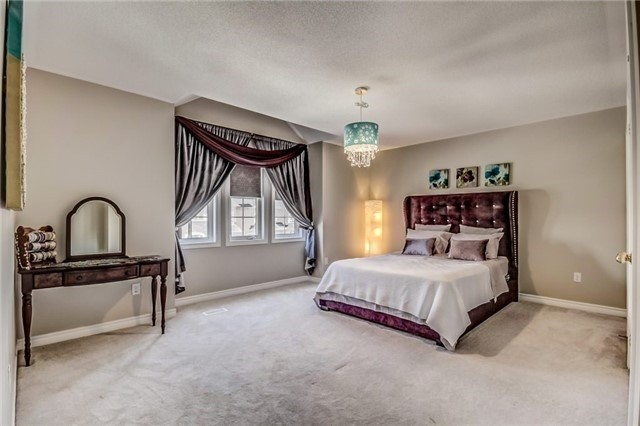 Detached at 1583 Winville Rd, Pickering, Ontario. Image 10