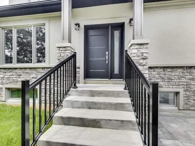 Detached at 428 Brownfield Gdns, Toronto, Ontario. Image 12