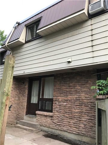 Condo Townhouse at 506 Normandy St, Unit 52, Oshawa, Ontario. Image 2