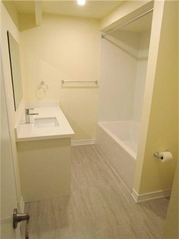 Condo Townhouse at 2 Stonehill Crt, Unit 21, Toronto, Ontario. Image 2