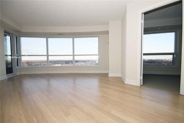 Condo Apartment at 135 Village Green Sq, Unit 2024, Toronto, Ontario. Image 2
