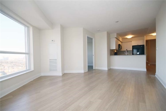 Condo Apartment at 135 Village Green Sq, Unit 2024, Toronto, Ontario. Image 3