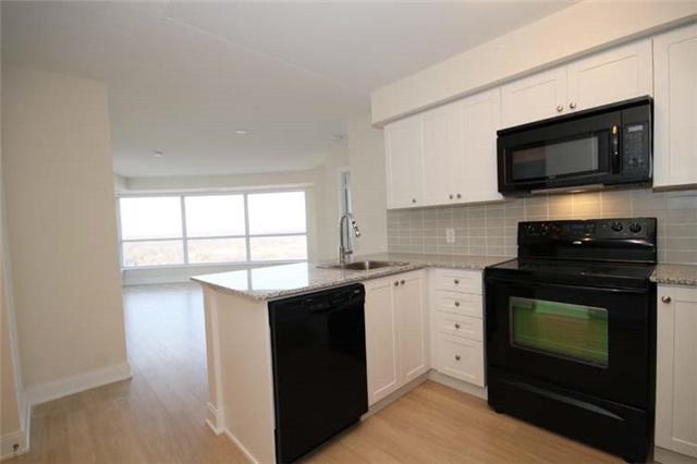 Condo Apartment at 135 Village Green Sq, Unit 2024, Toronto, Ontario. Image 5