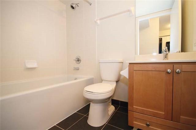 Condo Apartment at 135 Village Green Sq, Unit 2024, Toronto, Ontario. Image 7