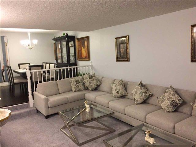 Condo Apartment at 255 Bamburgh Circ, Unit 208, Toronto, Ontario. Image 10