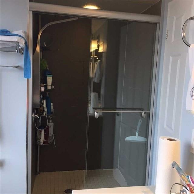 Condo Apartment at 255 Bamburgh Circ, Unit 208, Toronto, Ontario. Image 9