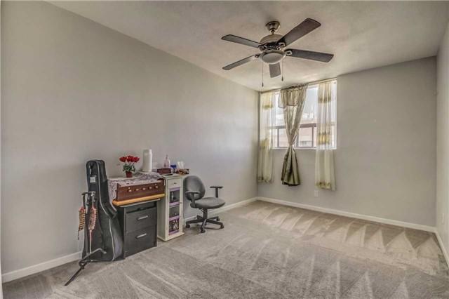 Condo Apartment at 20 Gilder Dr, Unit Ph07, Toronto, Ontario. Image 7