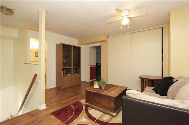 Condo Apartment at 454 Centre St S, Unit 109, Oshawa, Ontario. Image 3