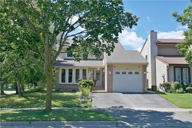 Detached at 12 Eagle Point Rd, Toronto, Ontario. Image 1