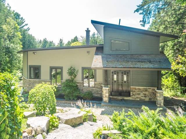 Detached at 5250 Sideline 4 Rd, Pickering, Ontario. Image 1