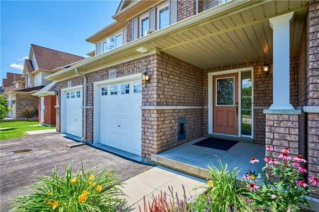Condo Townhouse at 1109 Ormond Dr, Unit 82, Oshawa, Ontario. Image 1
