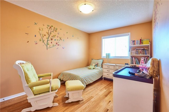 Condo Townhouse at 1109 Ormond Dr, Unit 82, Oshawa, Ontario. Image 5