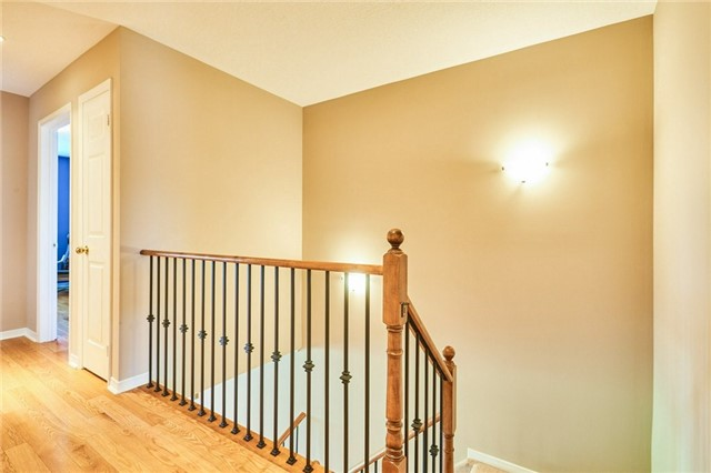 Condo Townhouse at 1109 Ormond Dr, Unit 82, Oshawa, Ontario. Image 7