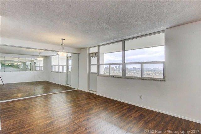 Condo Apartment at 2550 Pharmacy Ave, Unit 1214, Toronto, Ontario. Image 13