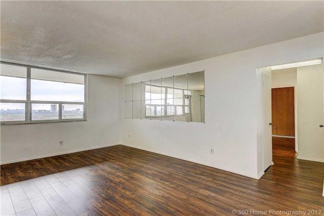 Condo Apartment at 2550 Pharmacy Ave, Unit 1214, Toronto, Ontario. Image 14