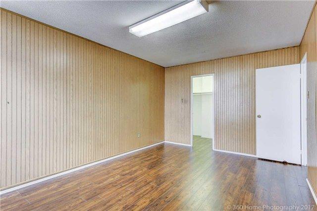 Condo Apartment at 2550 Pharmacy Ave, Unit 1214, Toronto, Ontario. Image 16