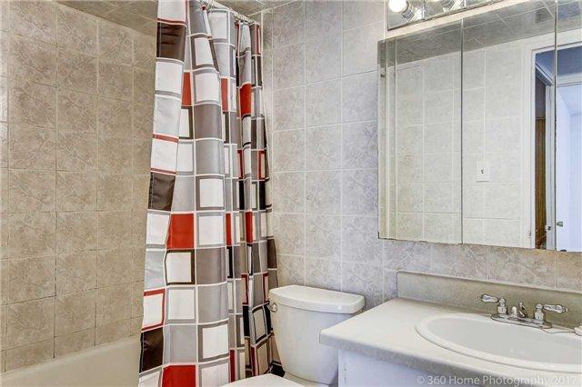 Condo Apartment at 2550 Pharmacy Ave, Unit 1214, Toronto, Ontario. Image 2