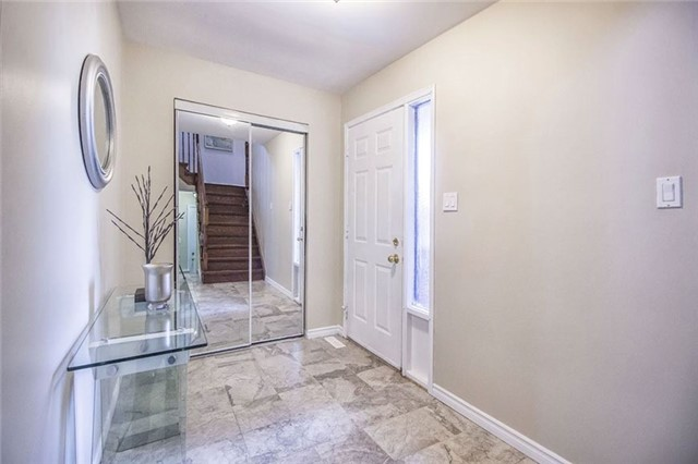 Detached at 55 Halfmoon Sq, Toronto, Ontario. Image 12