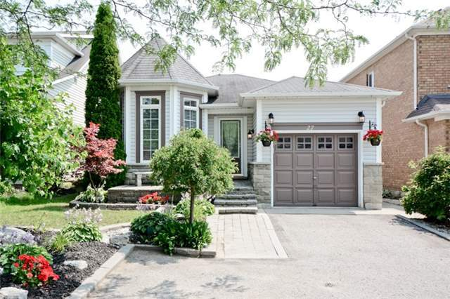 Detached at 27 Cody Ave, Whitby, Ontario. Image 1