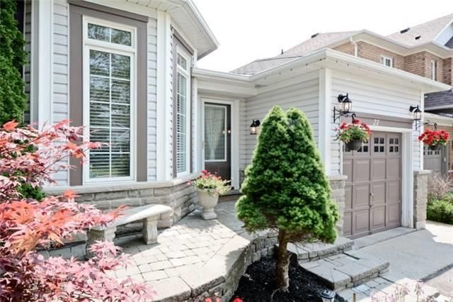 Detached at 27 Cody Ave, Whitby, Ontario. Image 12