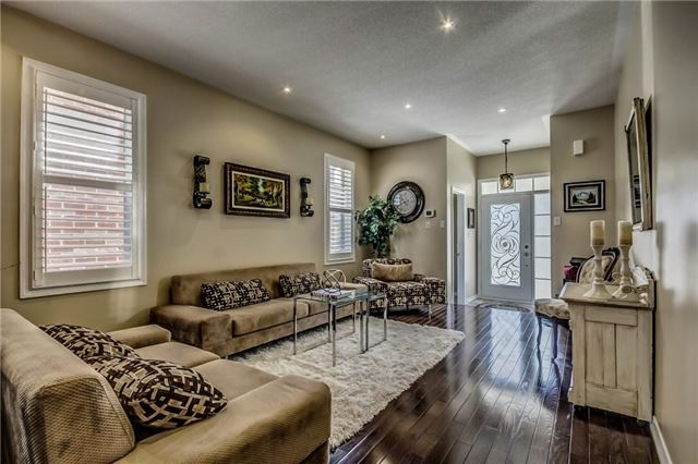 Detached at 1570 Edgecroft Dr, Pickering, Ontario. Image 13
