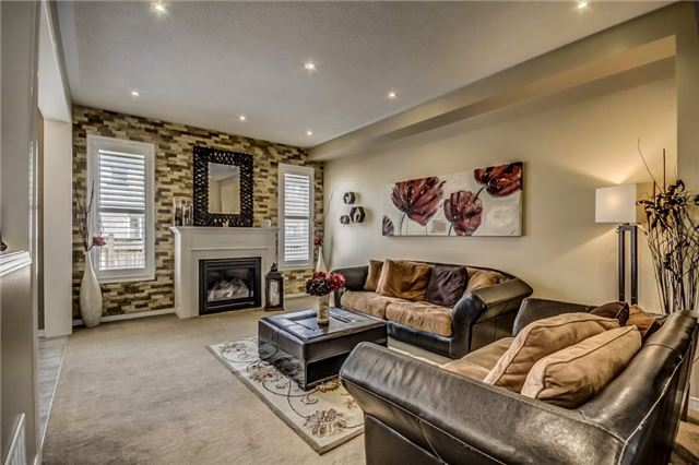 Detached at 1570 Edgecroft Dr, Pickering, Ontario. Image 17
