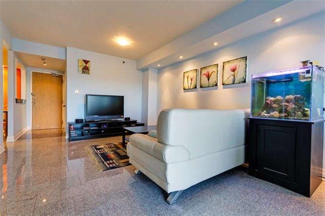 Condo Apartment at 5800 Sheppard Ave E, Unit 405, Toronto, Ontario. Image 18