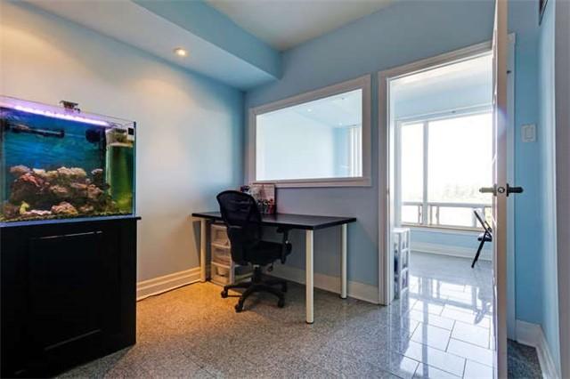 Condo Apartment at 5800 Sheppard Ave E, Unit 405, Toronto, Ontario. Image 2