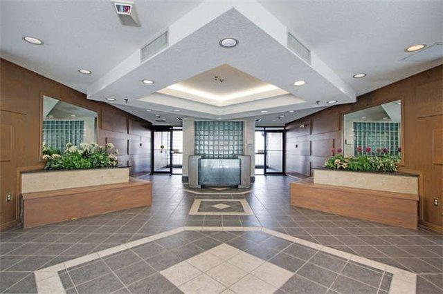 Condo Apartment at 5800 Sheppard Ave E, Unit 405, Toronto, Ontario. Image 8