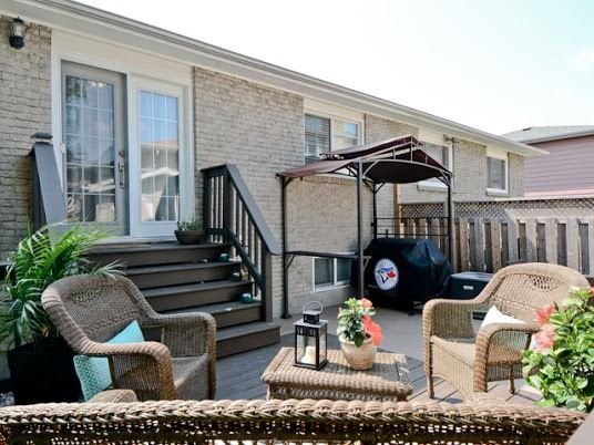 Semi-detached at 1905 Rosefield Rd, Pickering, Ontario. Image 11