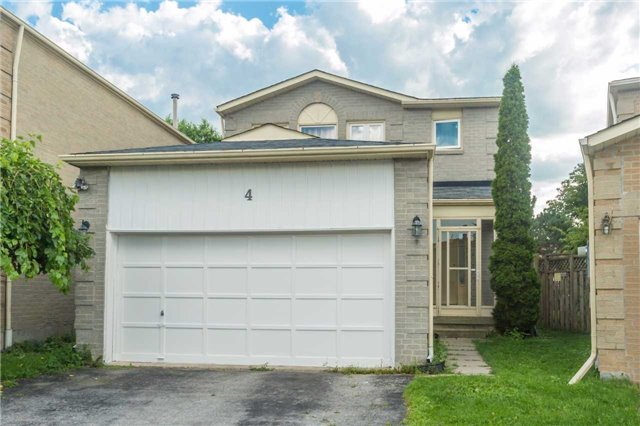 Detached at 4 Barrowcliff Dr, Toronto, Ontario. Image 1