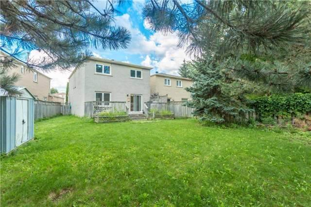 Detached at 4 Barrowcliff Dr, Toronto, Ontario. Image 13
