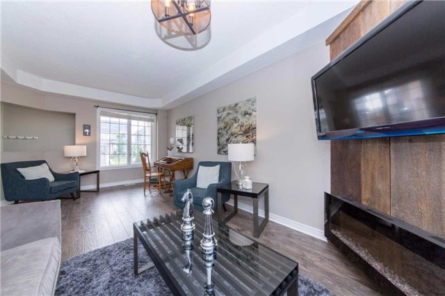 Detached at 49 Sandford Cres, Whitby, Ontario. Image 15