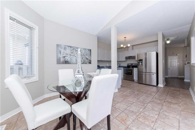 Detached at 49 Sandford Cres, Whitby, Ontario. Image 18