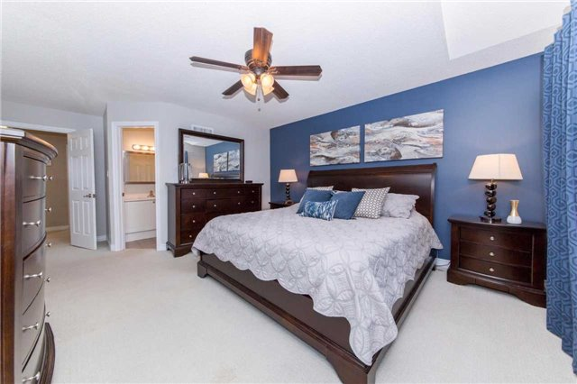 Detached at 49 Sandford Cres, Whitby, Ontario. Image 3