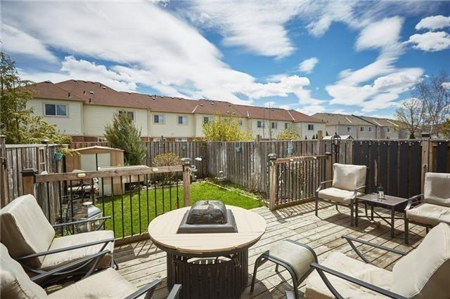 Townhouse at 58 Toscana Dr, Whitby, Ontario. Image 11